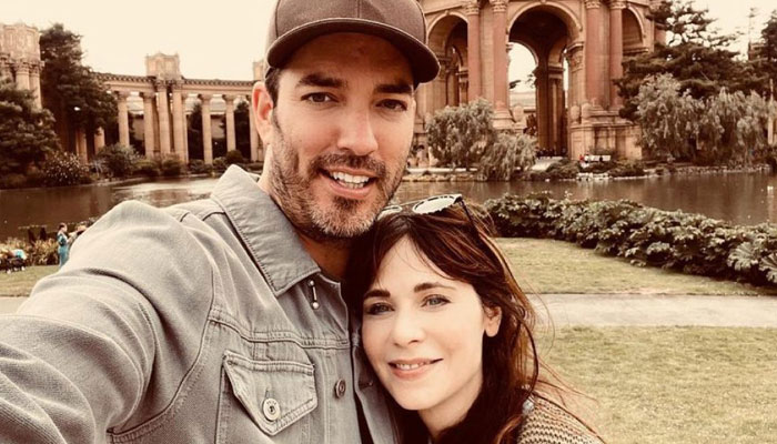 Jonathan Scott also praised Zooey Deschanel as he reflected on the first time he met her