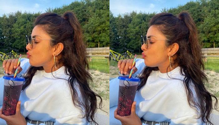 Priyanka Chopra enjoys cold sips in hot summer London