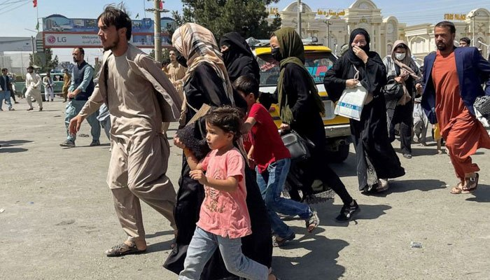 US-led evacuations from Kabul airport speed up