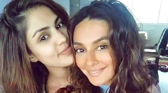 Rhea Chakraborty shares a heartfelt birthday note for Shibani Dandekar: 'world's most special girl'