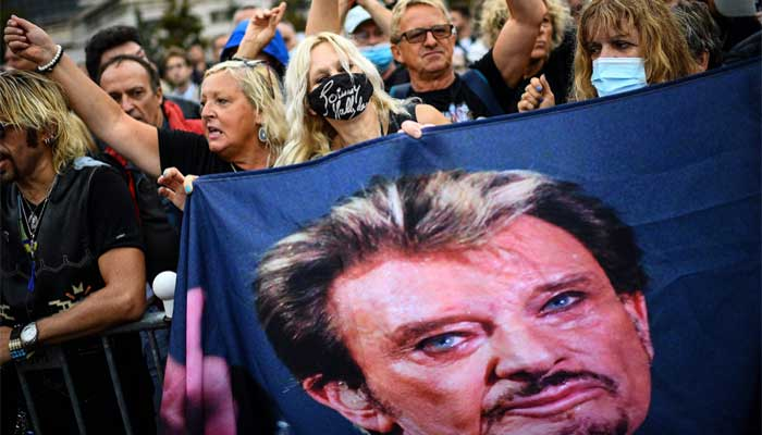 'French Elvis' Johnny Hallyday honoured with new statue