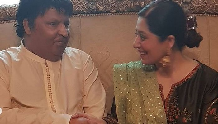 Umer Sharifs wife Zareen promises to get him required facilitation