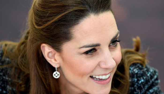 Video of Kate Middleton arriving at Royal Air Force station released