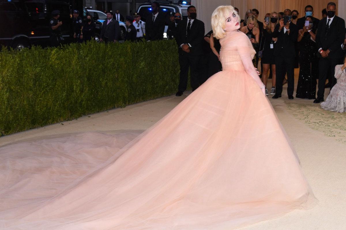 Billie Eilish addresses her desire to 'embrace femininity' at the Met Gala