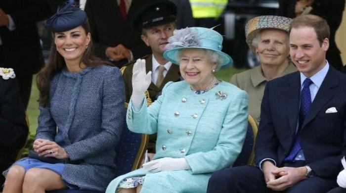 Prince William, Kate stepping up support for Queen amid Sussex fallout