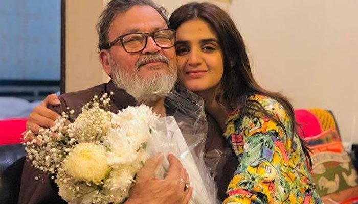 Hira Manis father breathes his last