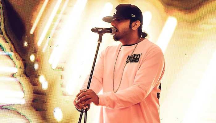 Yo Yo Honey Singh records statement in domestic violence case