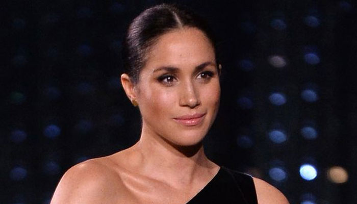 Experts warn Meghan Markle 'needs to better respect the Queen': report