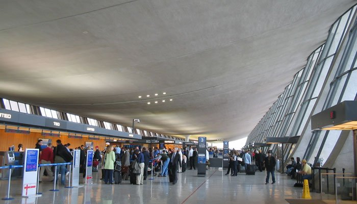 US to end travel restrictions for fully vaccinated air passengers in November. Photo: file