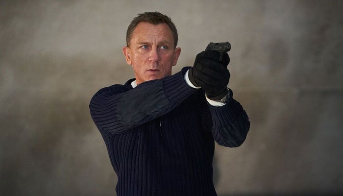 Daniel Craig, the former on-screen James Bond said there were better parts for women to play