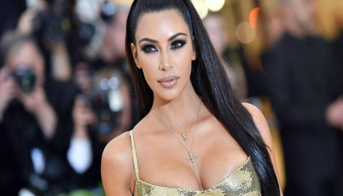 Kim Kardashian set to make her hosting debut on Saturday Night Live