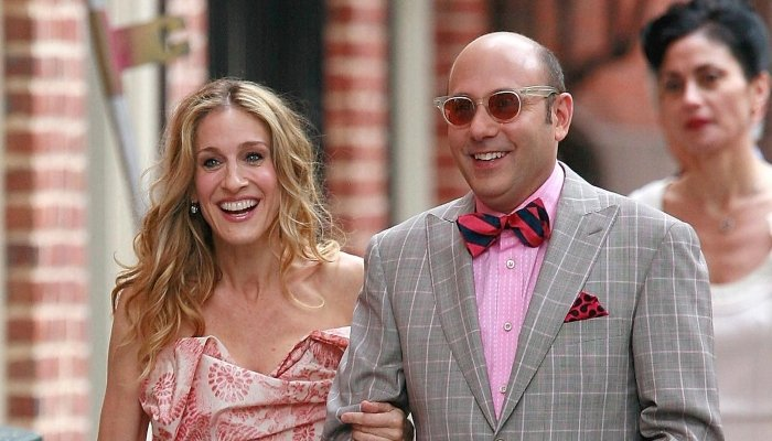 Sarah Jessica Parker says she's not ready to publicly mourn 'SATC' co-star Willie Garson
