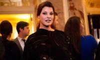 Linda Evangelista files $50 million lawsuit over disfiguring cosmetic treatment