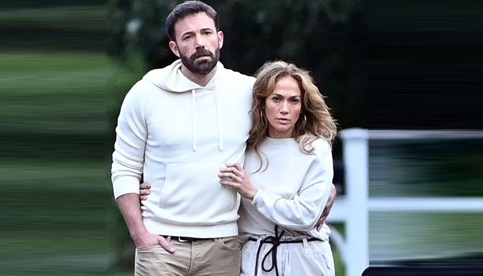Ben Affleck flew out to see Jennifer Lopezs NYC performance