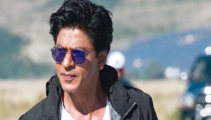 Indian poet pens glorious poem for Shah Rukh Khan amid Aryans arrest
