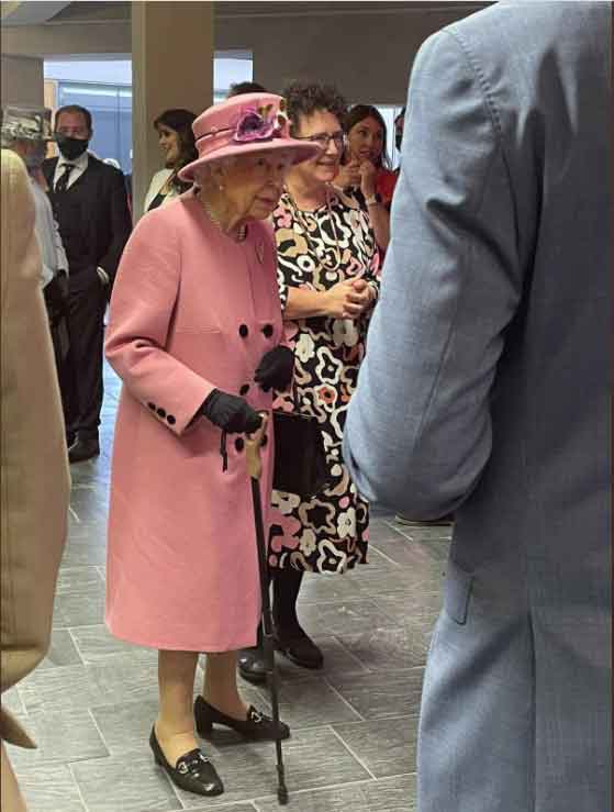 Queen Elizabeth looks really well as she uses walking stick