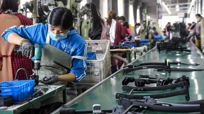 China witnesses highest factory inflation in 25 years