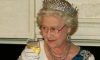 Queen Becomes 'more Mindful' As She Gives Up Alcohol For Health