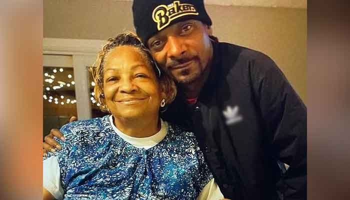 Snoop Dogg announces death of his mother Beverly Tate at age 70 - The News International